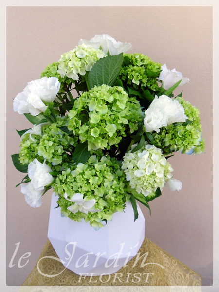 White Green Florals By Flower Synergy Palm Beach Gardens 561 627 8118